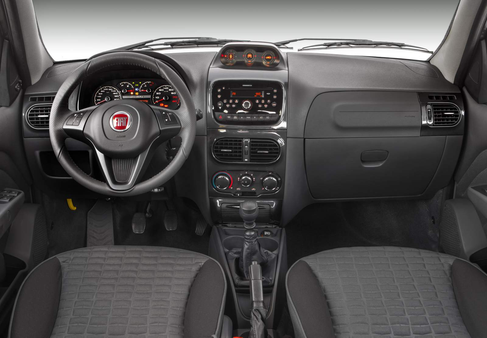 Fiat palio weekend 2015 pre os consumo e especifica es for Fiat idea adventure locker 2015