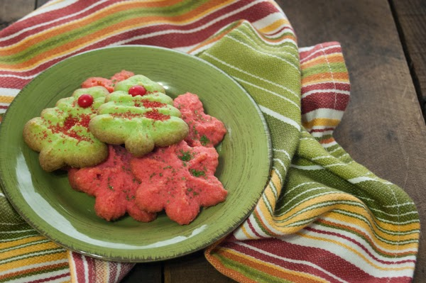 gluten free christmas cookies, how to make traditional spritz cookies gluten free, gluten free baking, healthy cookies for the holidays, paleo baking,