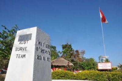 Tugu Perbatasan Indonesia - PNG