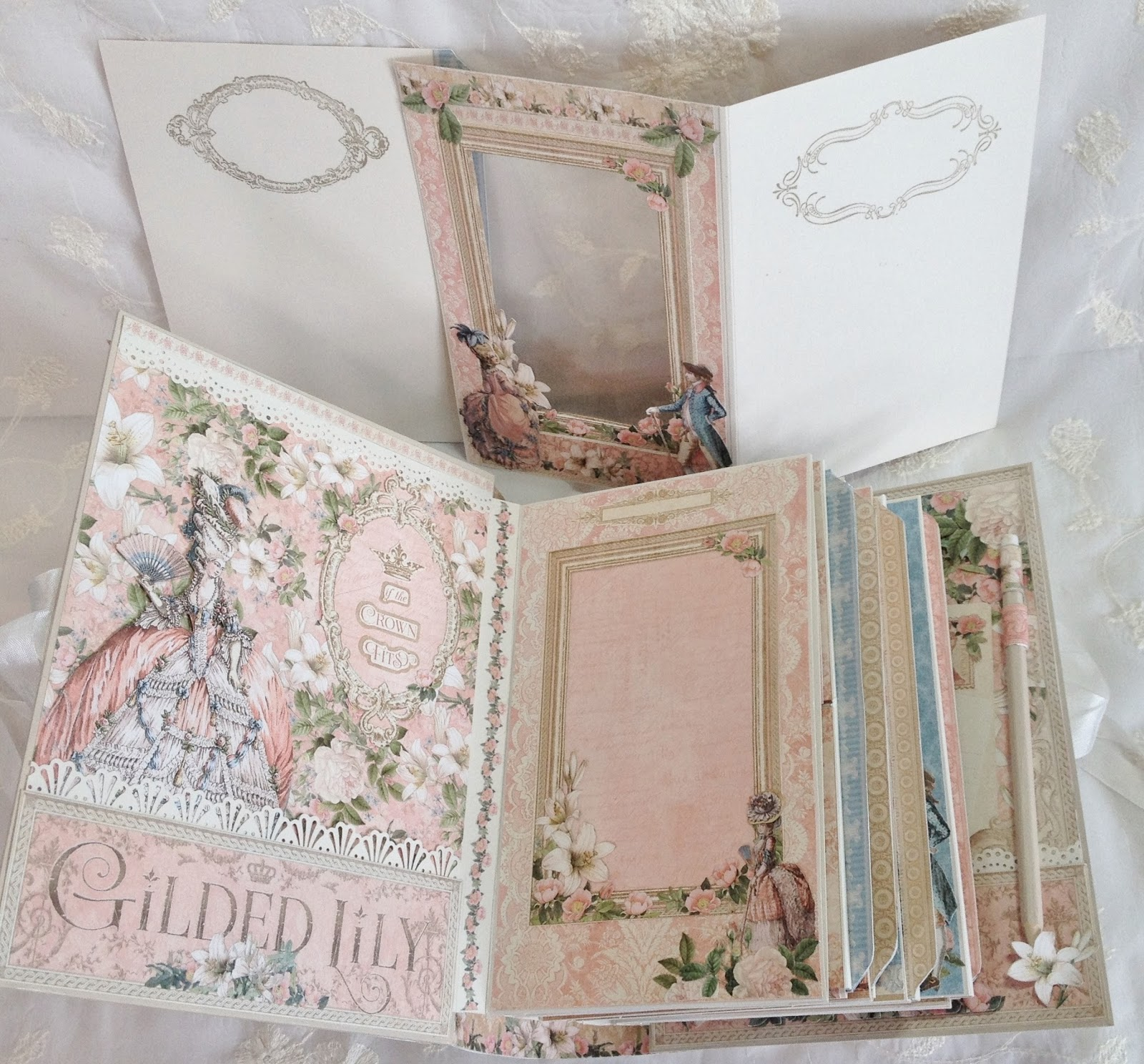 How to make scrapbook mini album
