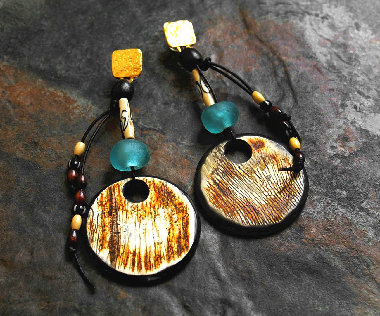 african horn pendant earrings