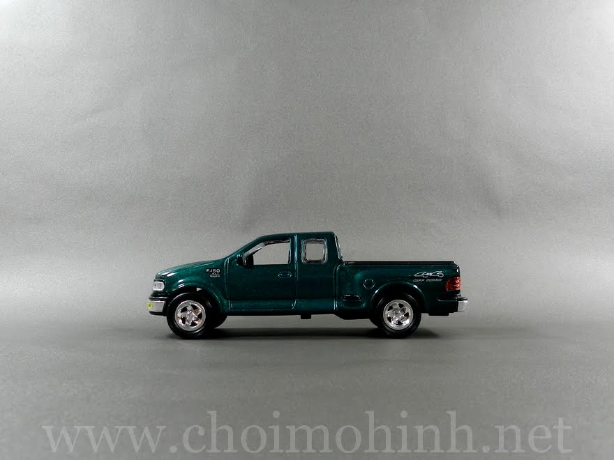 Ford F150 1:38 side