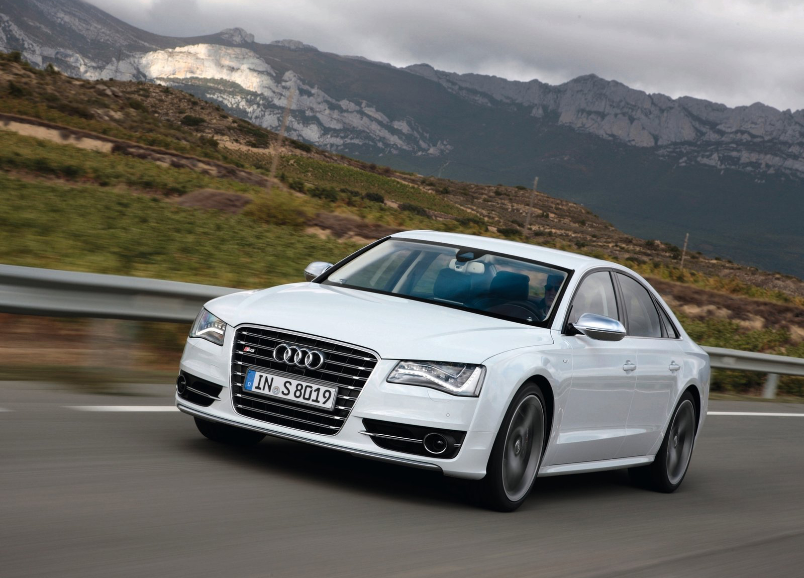 white audi Wallpaper