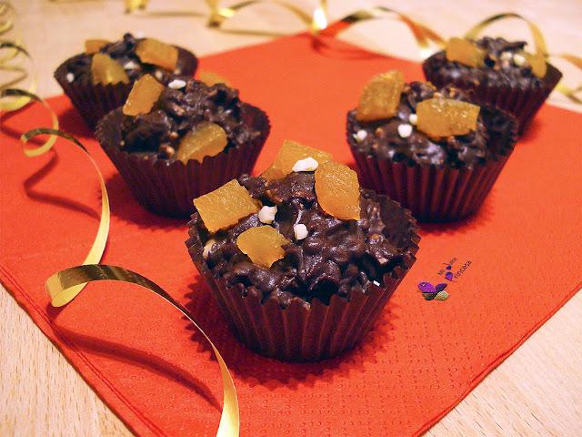 almendra, caprichos, caprichos de albaricoque y almendra, chocolate, chocolate y orejones, orejones,