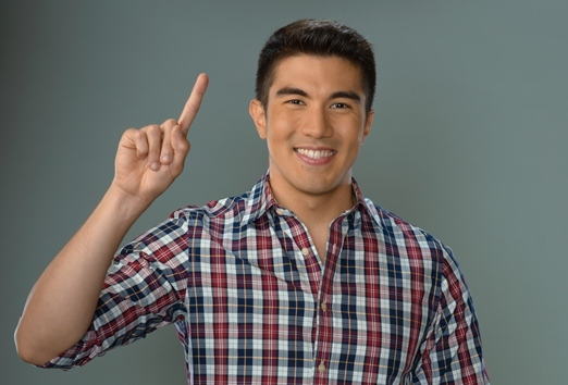 Luis Manzano Minute to Win It