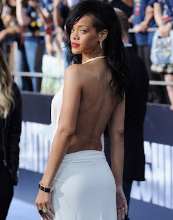 backless rihanna photo
