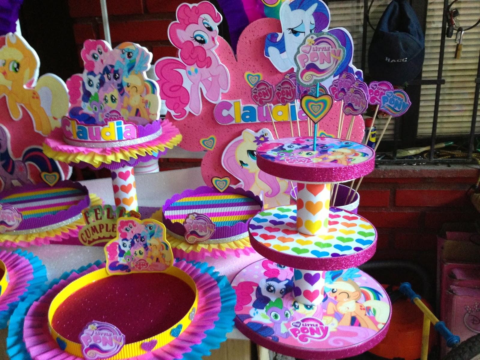 Centro de mesa my little pony imagui for Mesas fiestas infantiles