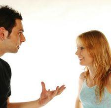 Tanda Pria Berselingkuh Dengan Wanita Lain