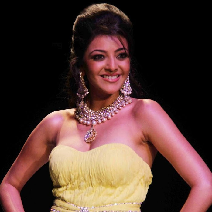 kajal agarwal rwalk at iijw 2011