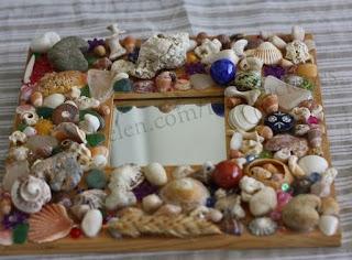 http://clarabelen.com/inspiraciones/8/marco-de-espejo-decorado-con-piedras-de-la-playa/