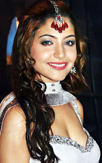 Anushka Sharma hot and bridal wallpapers and images