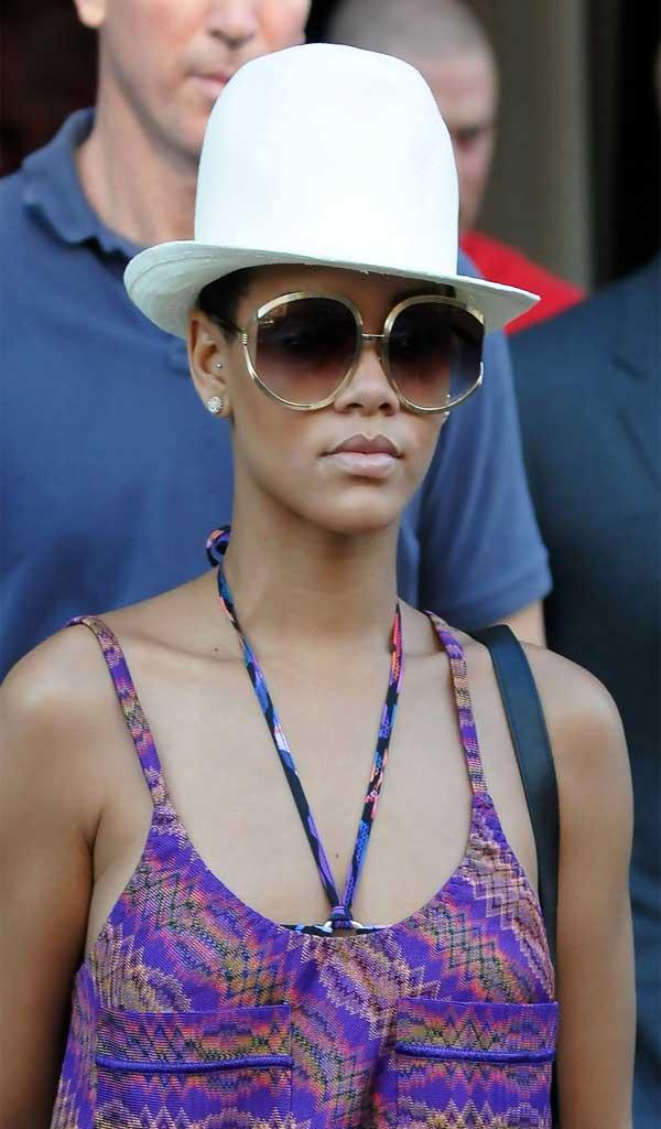 b68c6c21c5ff Rihanna Oversized Sunglasses