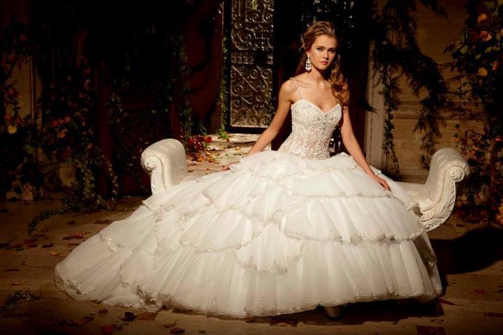 all over sequin: ¿quieres ser una novia princesa?. eve of milady bridals