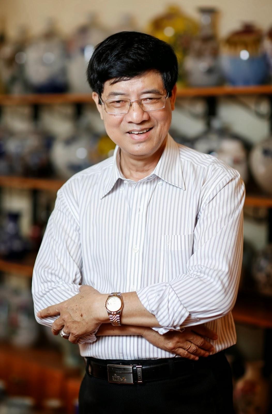 Kết quả hình ảnh cho Nhà thơ Nguyễn Nguyên Bảy
