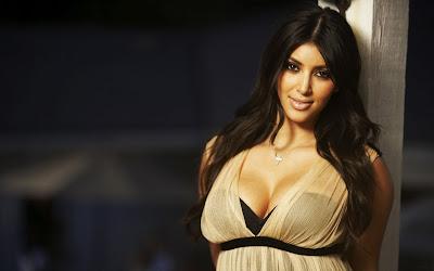 Kim Kardashian Wallpapers