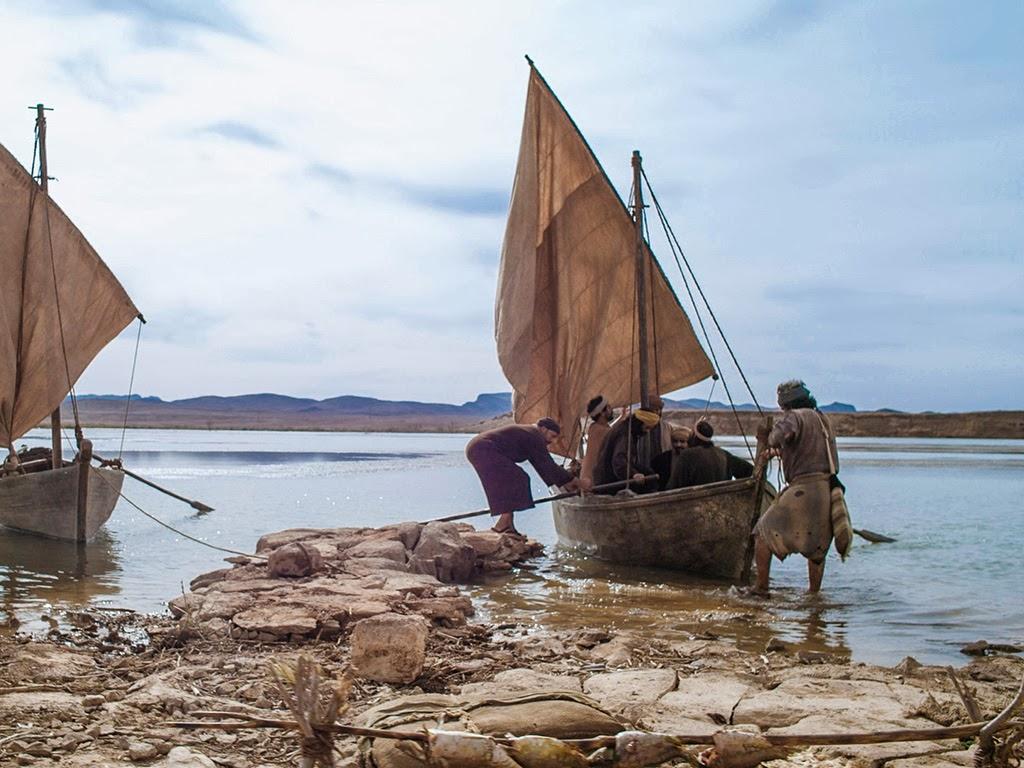 Bible fun for kids jesus has breakfast returns to heaven for Fishing in the bible