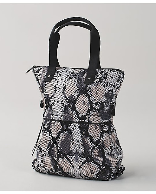 lululemon-twice-as-nice-tote