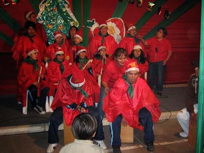 http://www.pinterest.com/cerritoazul/en-cerrito-azul-tambi%C3%A9n-es-navidad/