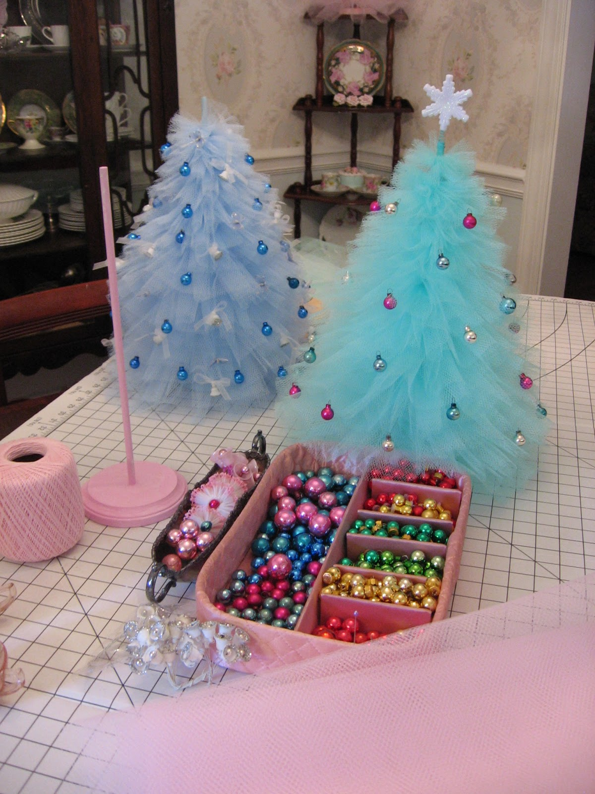 Marshmallow creations how will you decorate your tree How do you decorate a christmas tree