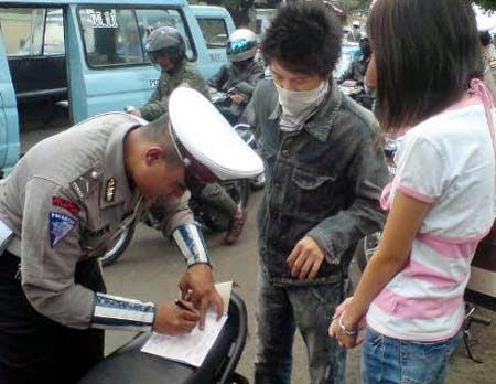 Cara Agar Tidak Ditilang Polisi