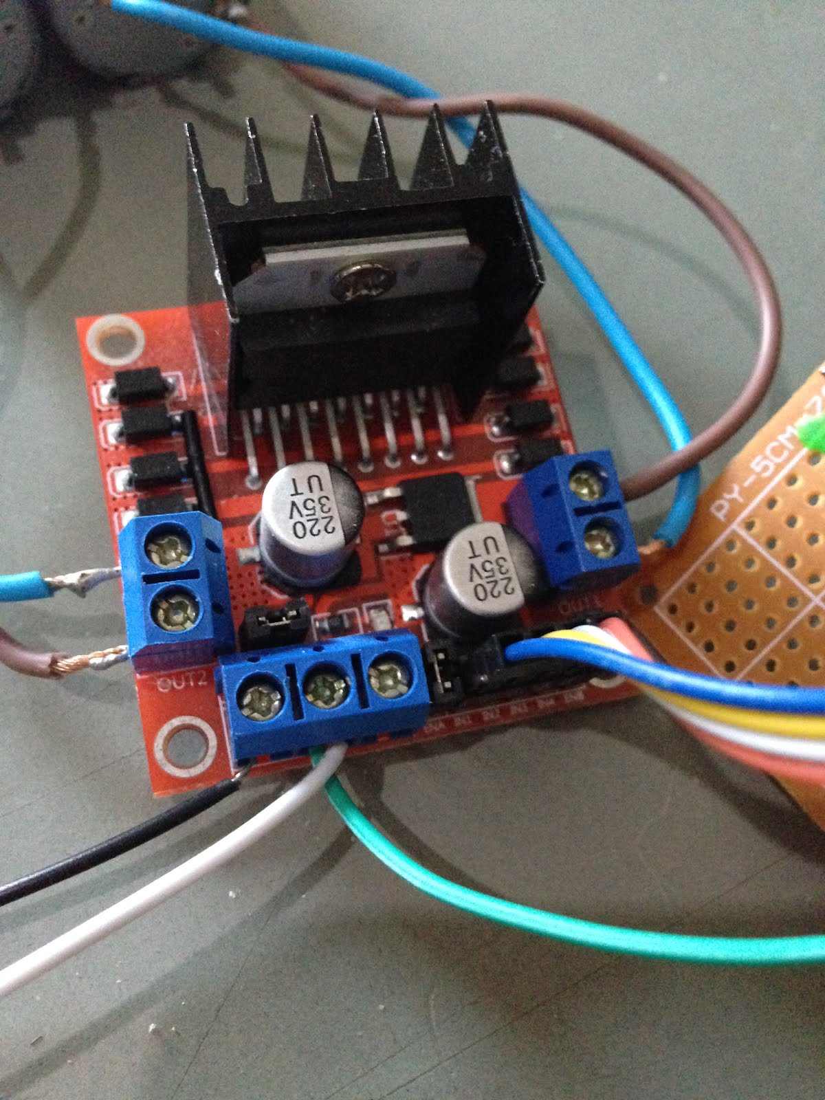 Sniff Driving Motors From Microbit