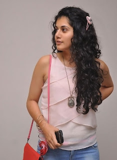 Actress Tapsee Pannu Latest Pictures 022.jpg