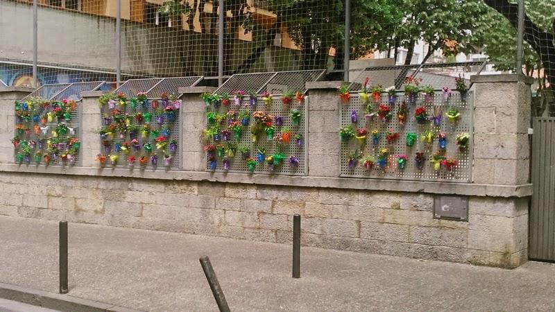 Jardines verticales en temps de flors girona vertiflor for Materiales para jardines verticales