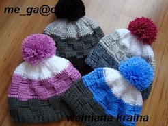 zimowe czapki sportowe z pomponem