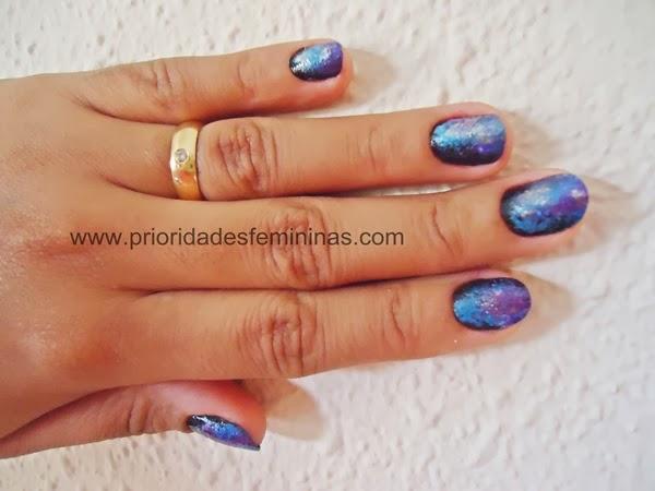 nail art de galáxia