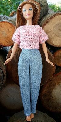 http://happierthanapiginmud.blogspot.com/2013/11/free-barbie-clothes-patterns-pants.html