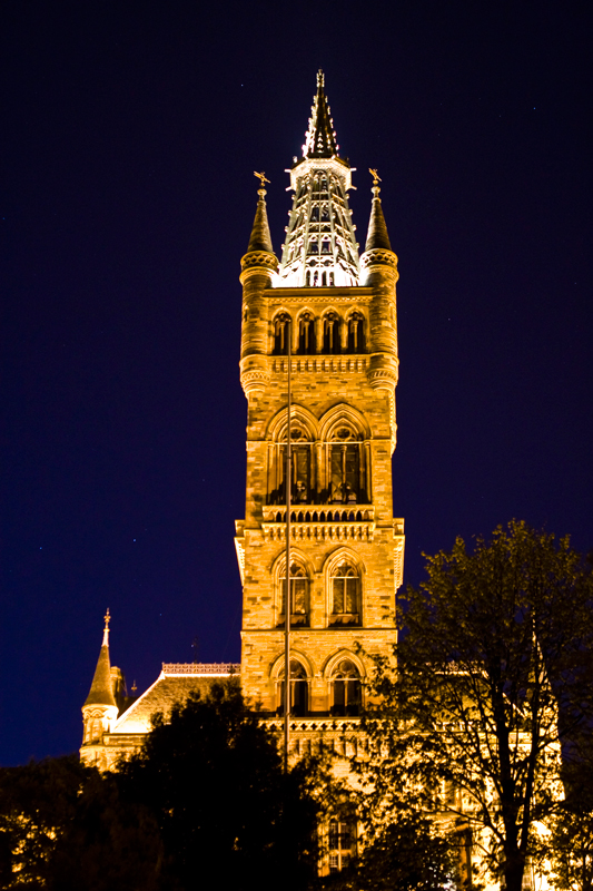 University of Glasgow at night