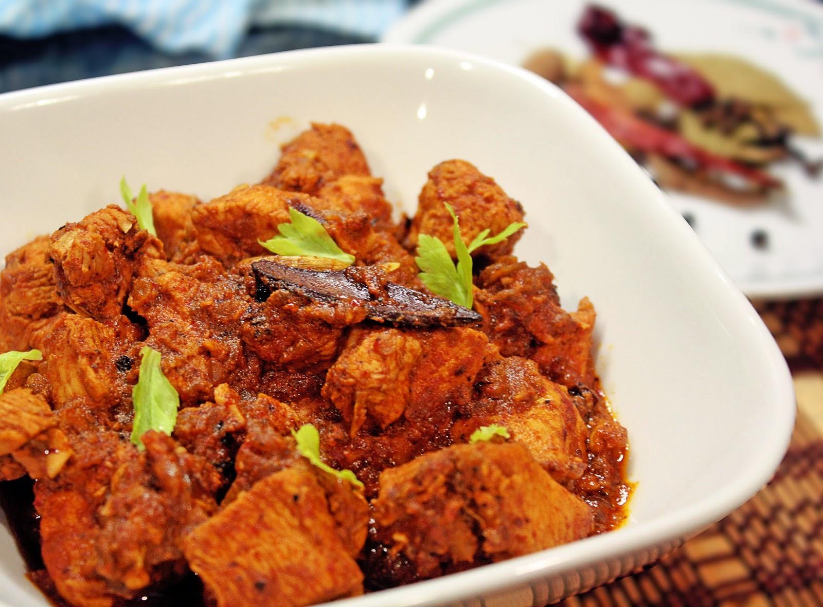 Chicken vindaloo chicken vindalho sindhooras kitchen preparation time 20 mins marination 2 hours cooking time 30 mins serves 4 6 ingredients marinade ccuart Gallery