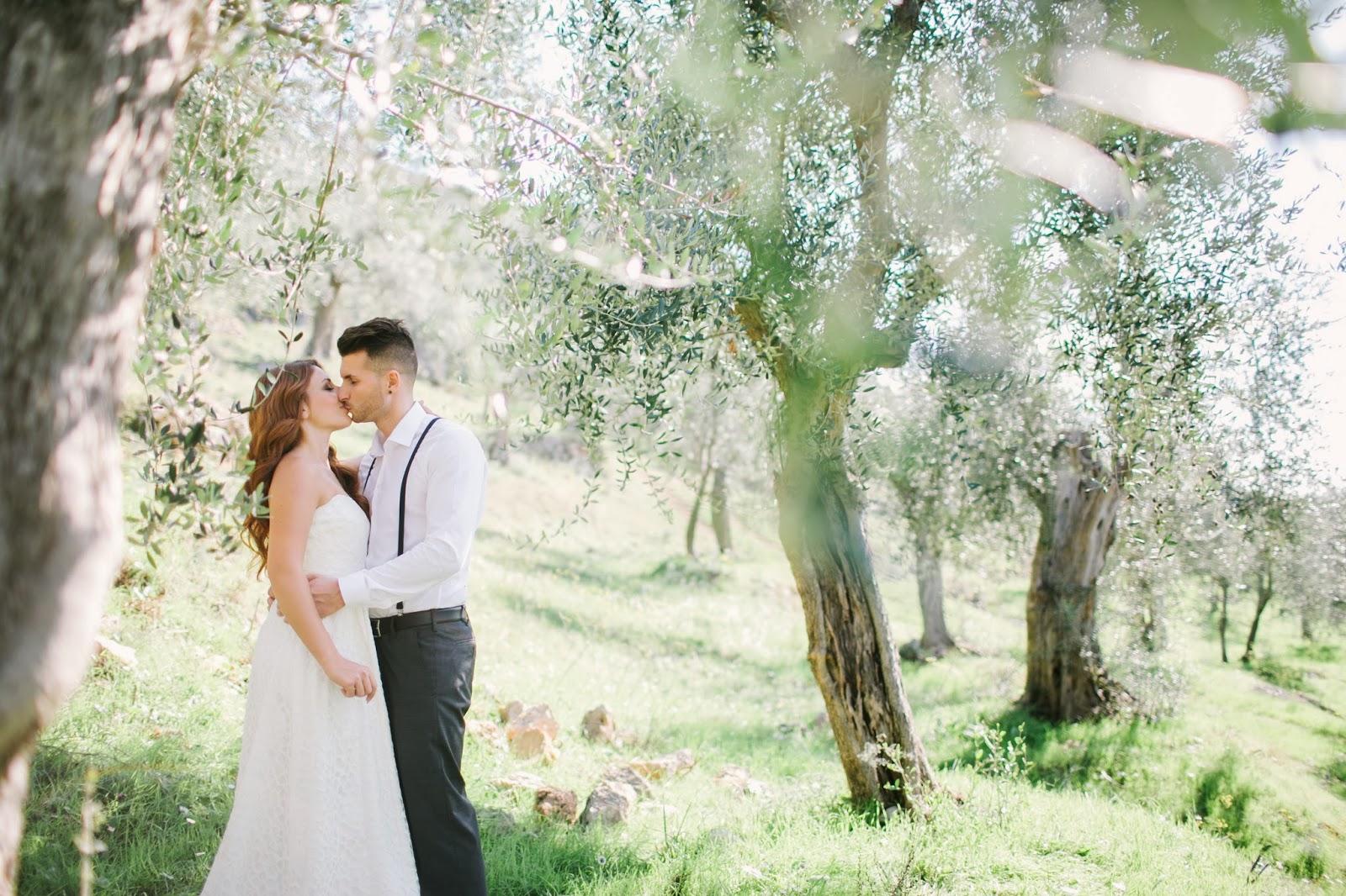 Matrimonio Tra Gli Ulivi Toscana : Matrimonio in toscana romantico shooting tra gli ulivi