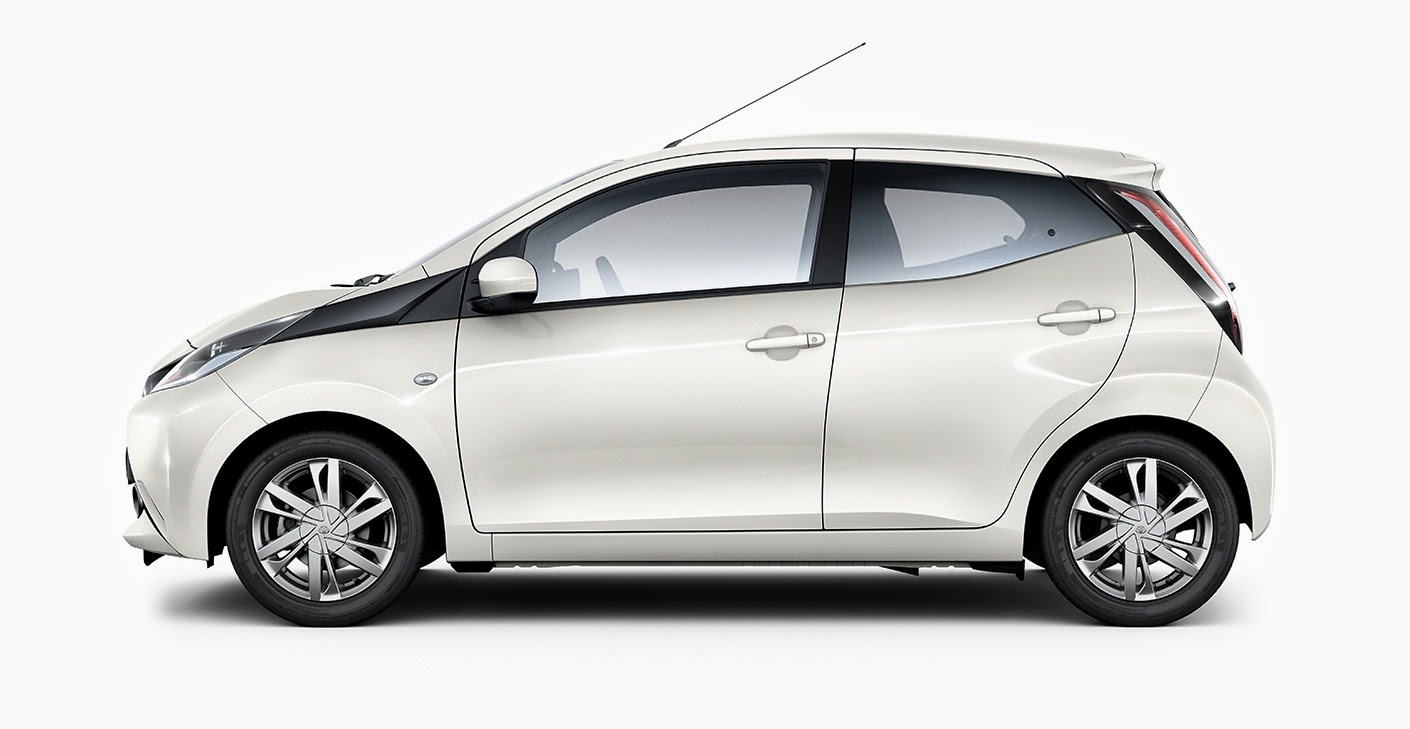2015 toyota aygo go fun yourself car reviews new car pictures for 2018 2019. Black Bedroom Furniture Sets. Home Design Ideas