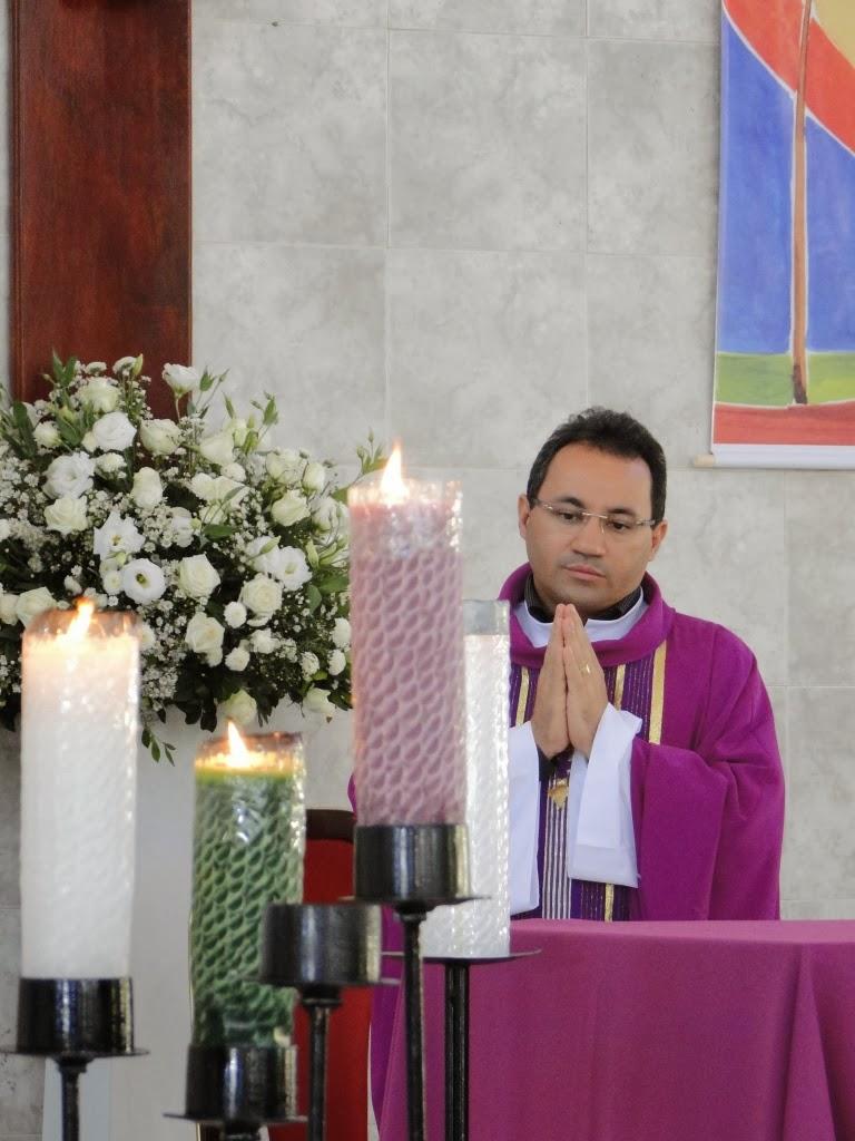 http://armaduradcristao.blogspot.com.br/2013/12/aniversario-de-13-anos-de-sacerdocio-de.html