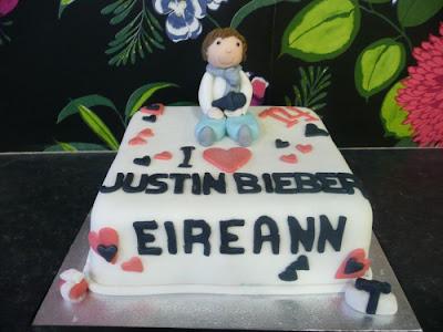 Justin Bieber Cake Pics. justin bieber birthday cakes