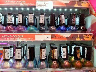 Shopping in Warsaw: Nail Polish! Rossman