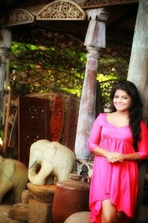 Bagya Hettiarachchi pink