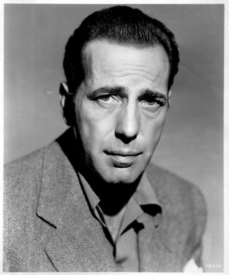 Famous People Who Served - Page 2 HumphreyBogart