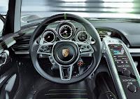 Porsche 918 Spyder Hybrid prototype interior