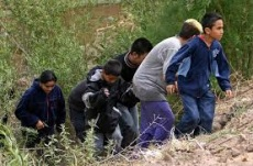GOP Intros Bill to Send Illegals Home, While Obama Opines On Border Crisis Without Being On Border