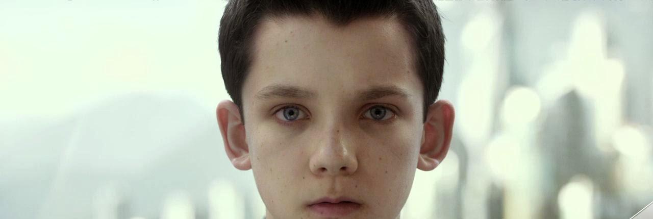 Ender's Game (2013) S2 s Ender's Game (2013)