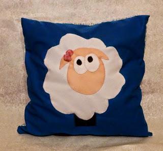 owieczka poduszka