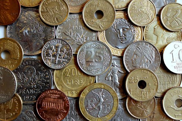 dinheiro - moedas - money - coins