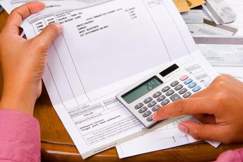 Fazendo as contas no fim do mês
