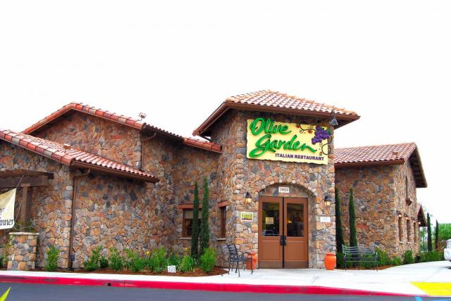 Evaluation Paper Olive Garden Review