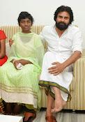 Pawan Kalyan meets Srija n family-thumbnail-12