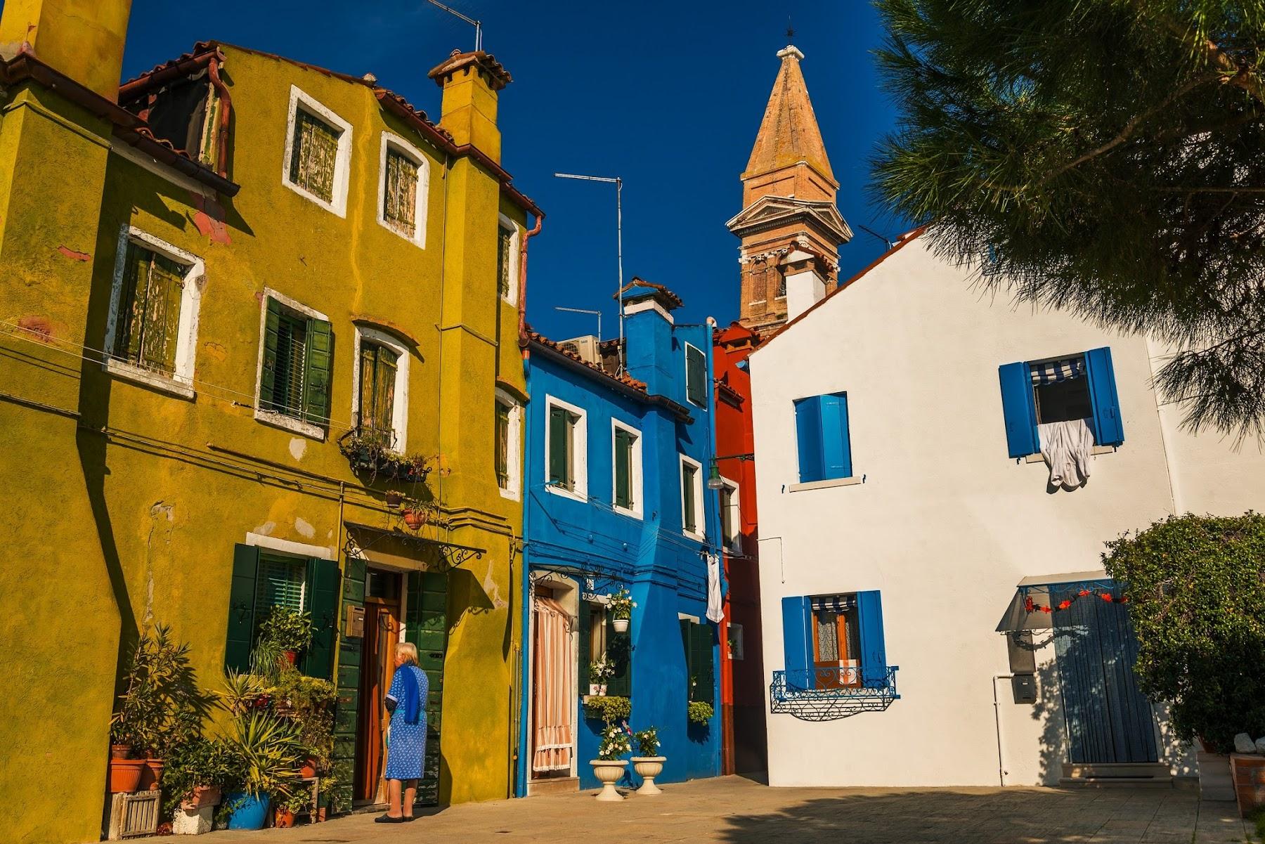 Венеция с цветными домами