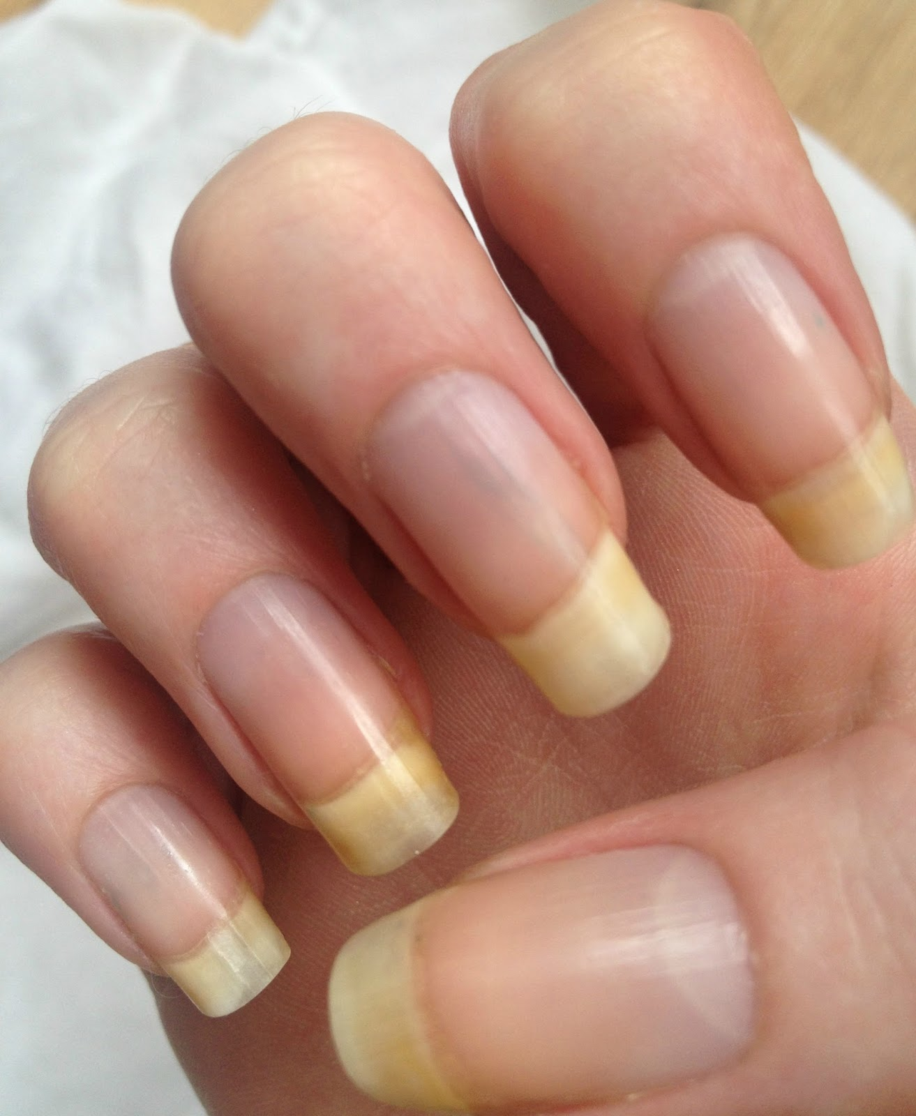 Pretty Little Us: How To Achieve Long Strong Nails