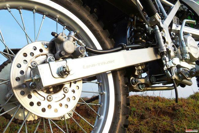 Foto Motor Kawasaki KLX 150 L 150cc Off-Road 4-Tak Model Terbaru